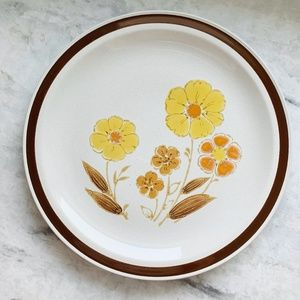 Vintage 70s Country Casuals Floral Serving Plate